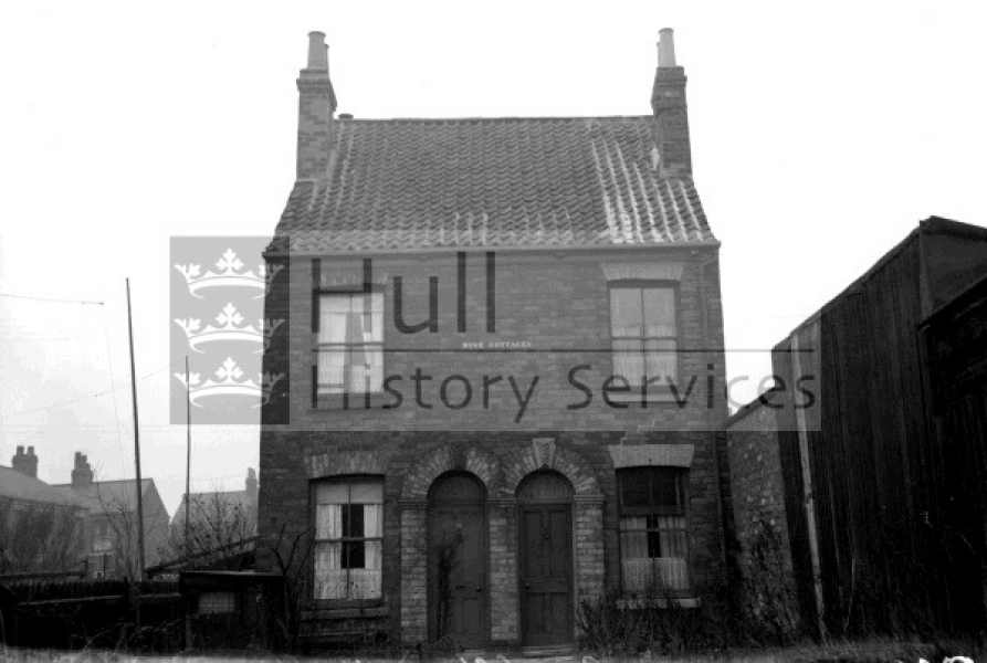 Walton Street, Nos 103 and 105, courtesy of Hull History Services.