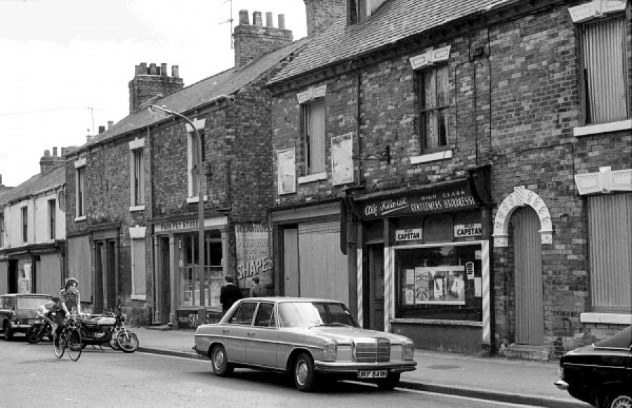 Walton Street, more shops, 1980​.​