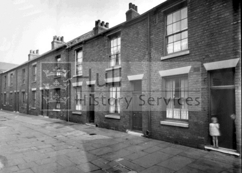 Pease Street, Albert Terrace, courtesy of Hull History Services.