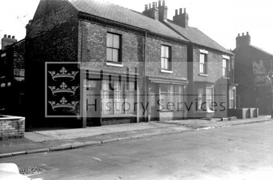 Regent Street housing, 1962, curtesy of Hull History Services.